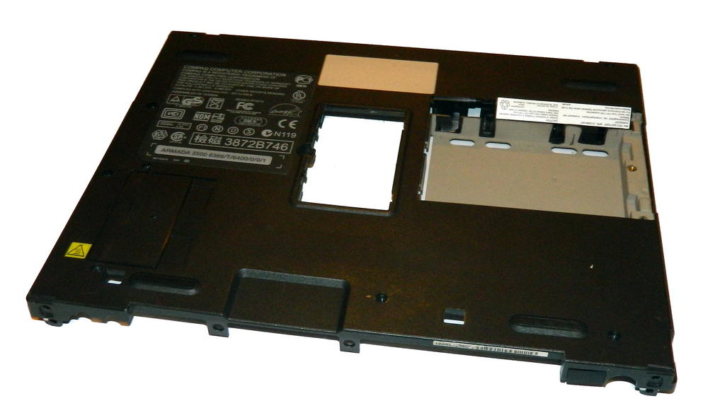 Compaq 310371-001 Armada 3500 Lower Chassis Base Plastic