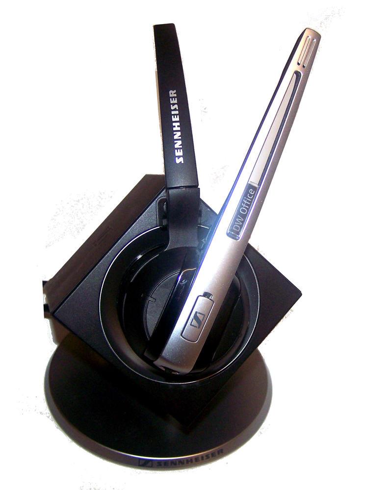 Sennheiser DW 10 HS Wireless Headset With Base Station DW BS ML - EU