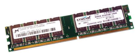 Crucial CT6464Z335.16TG2 (512MB DDR PC2700U 333MHz DIMM 184-pin) 16C RAM Module