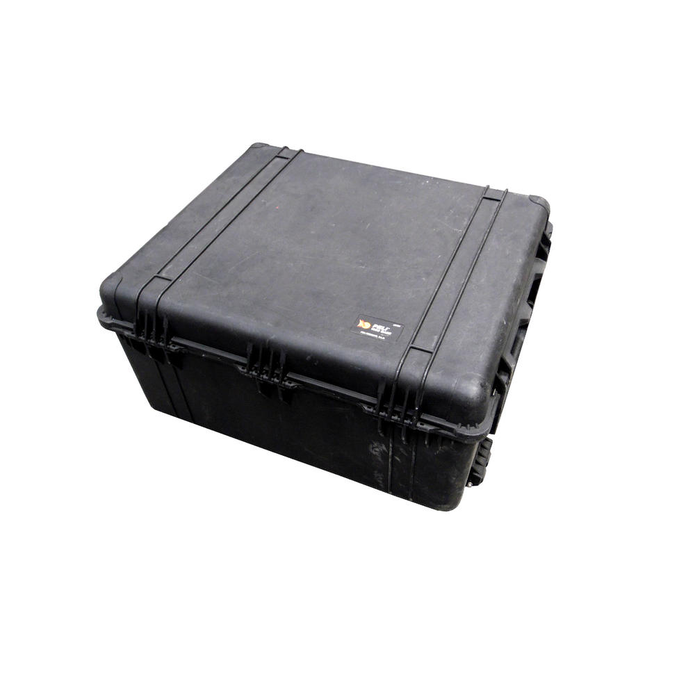 Peli 1690 Hard Protection Black Case With 4 Strong Polyurethane Wheels And Foam
