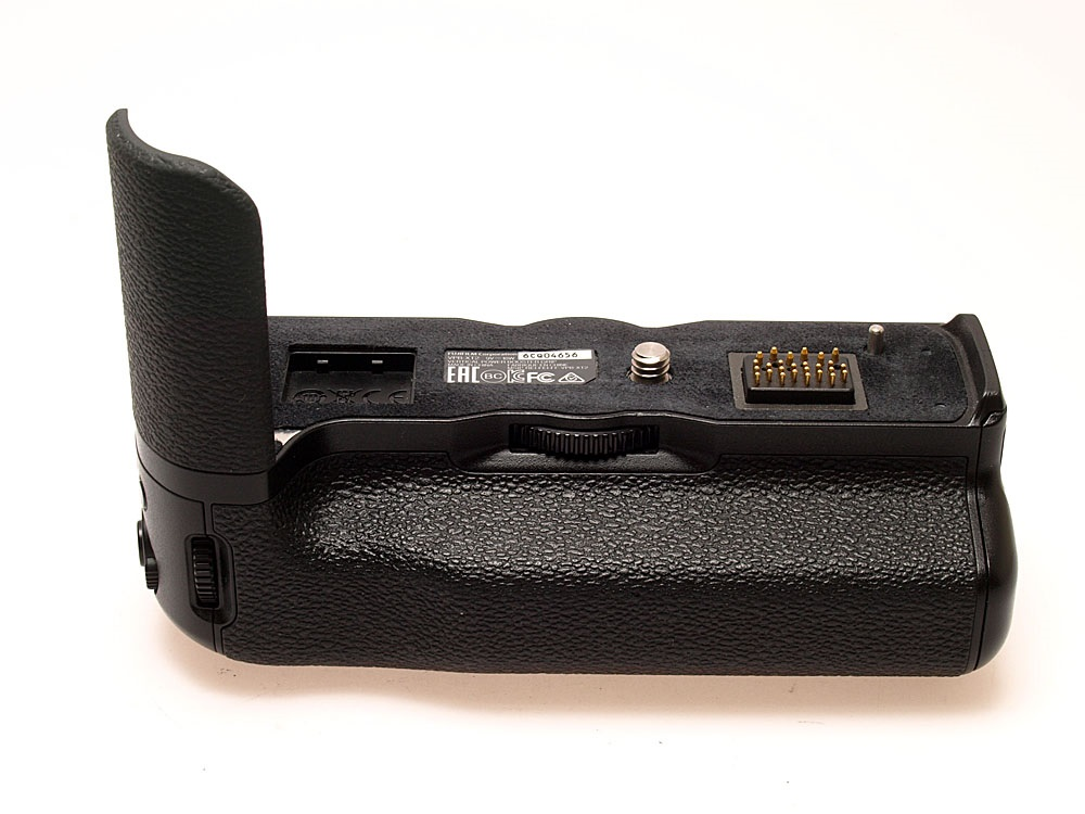 Fujifilm Vertical Power Booster Grip VPB-XT2 | Batteries Are Not Included