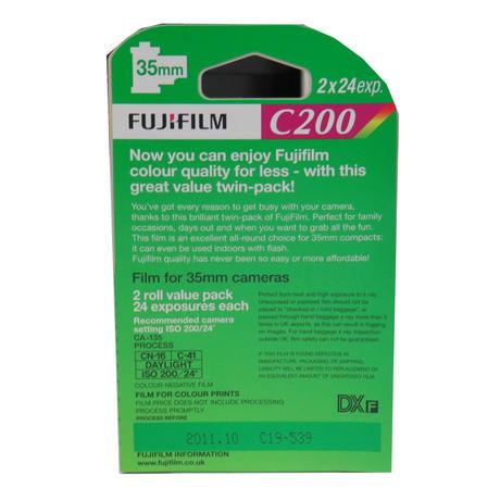 Fujifilm Fujicolor C200 Colour 24 Exposure 35mm Film - 2 Pack Thumbnail 2