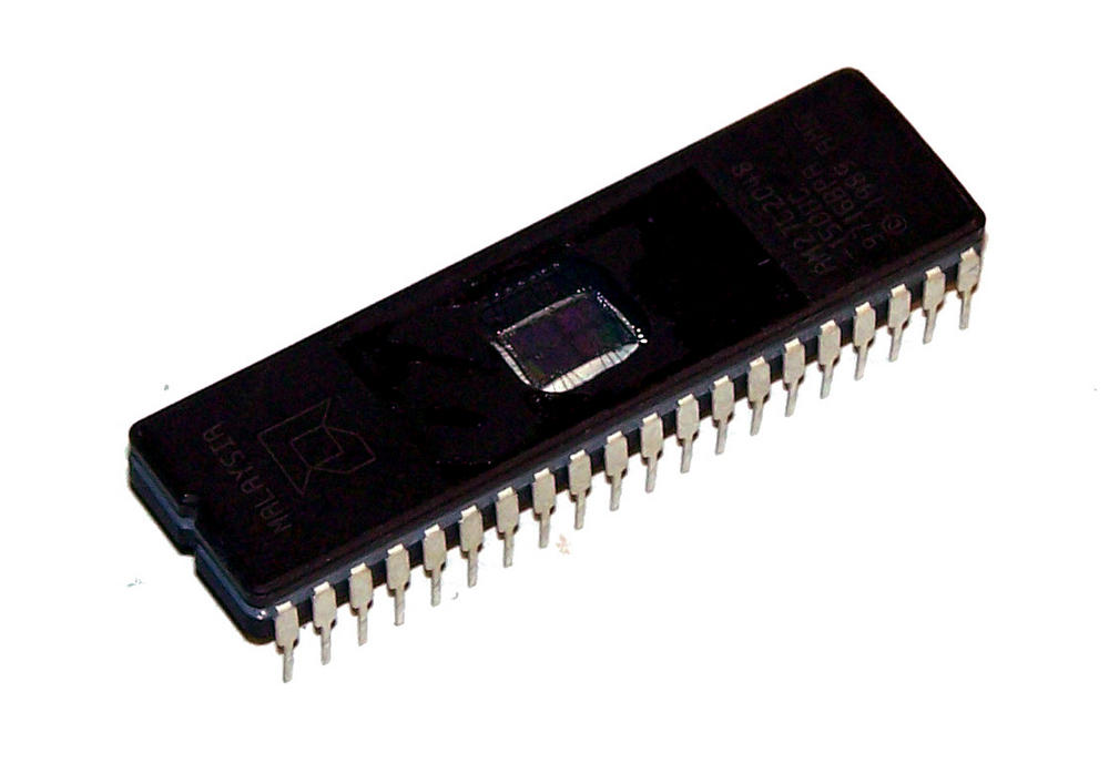 AMD AM27C2048-150DC 2MBit 150nS DIP40 EPROM IC