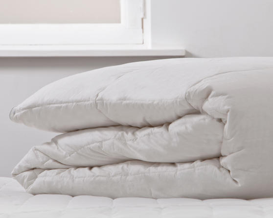 Goose Feather & Down All Seasons Duvet - 4.5 & 9 Tog Thumbnail 1
