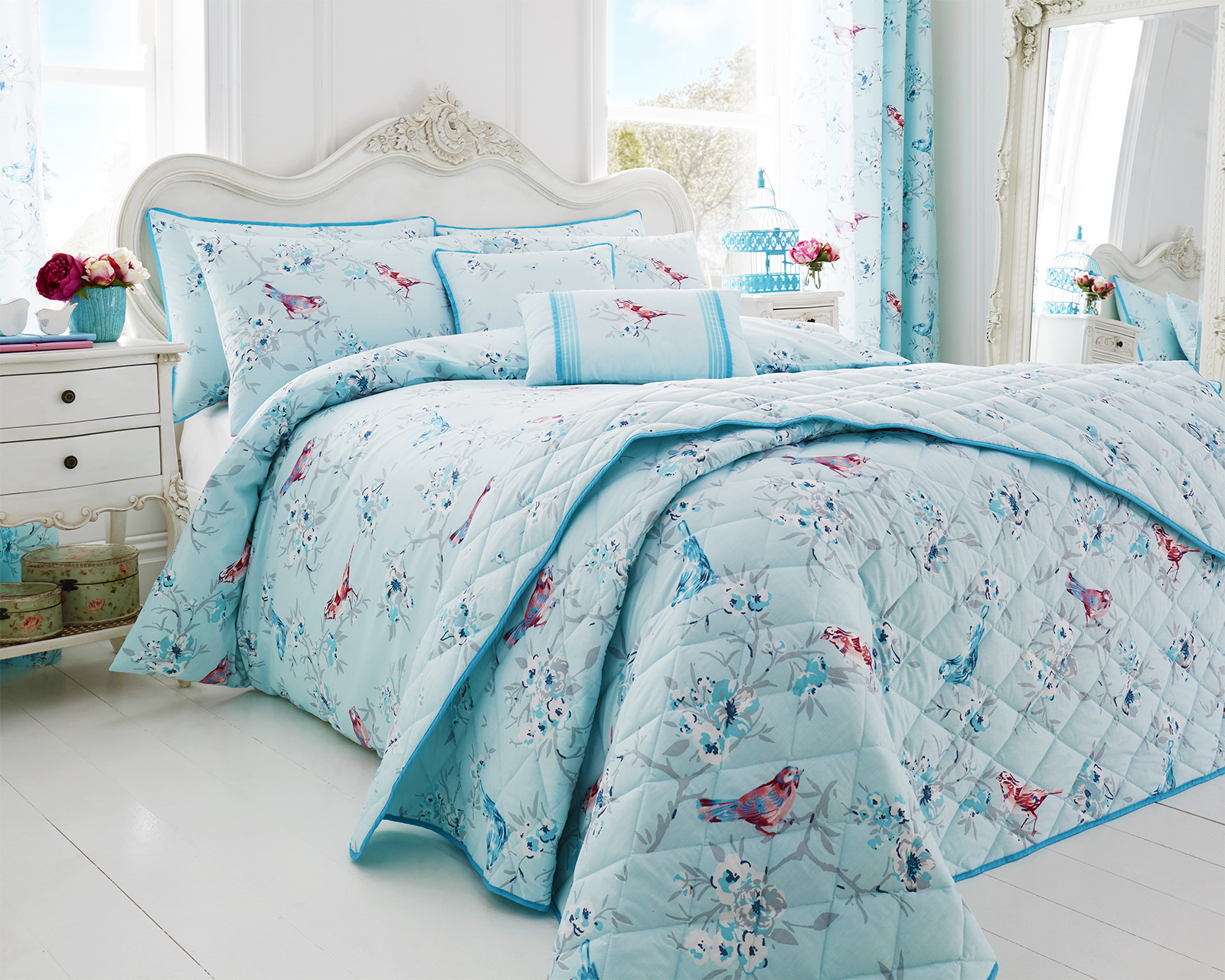 Cute Blue Bird Design Luxury Colourful Duvet Sets Matching Bedroom