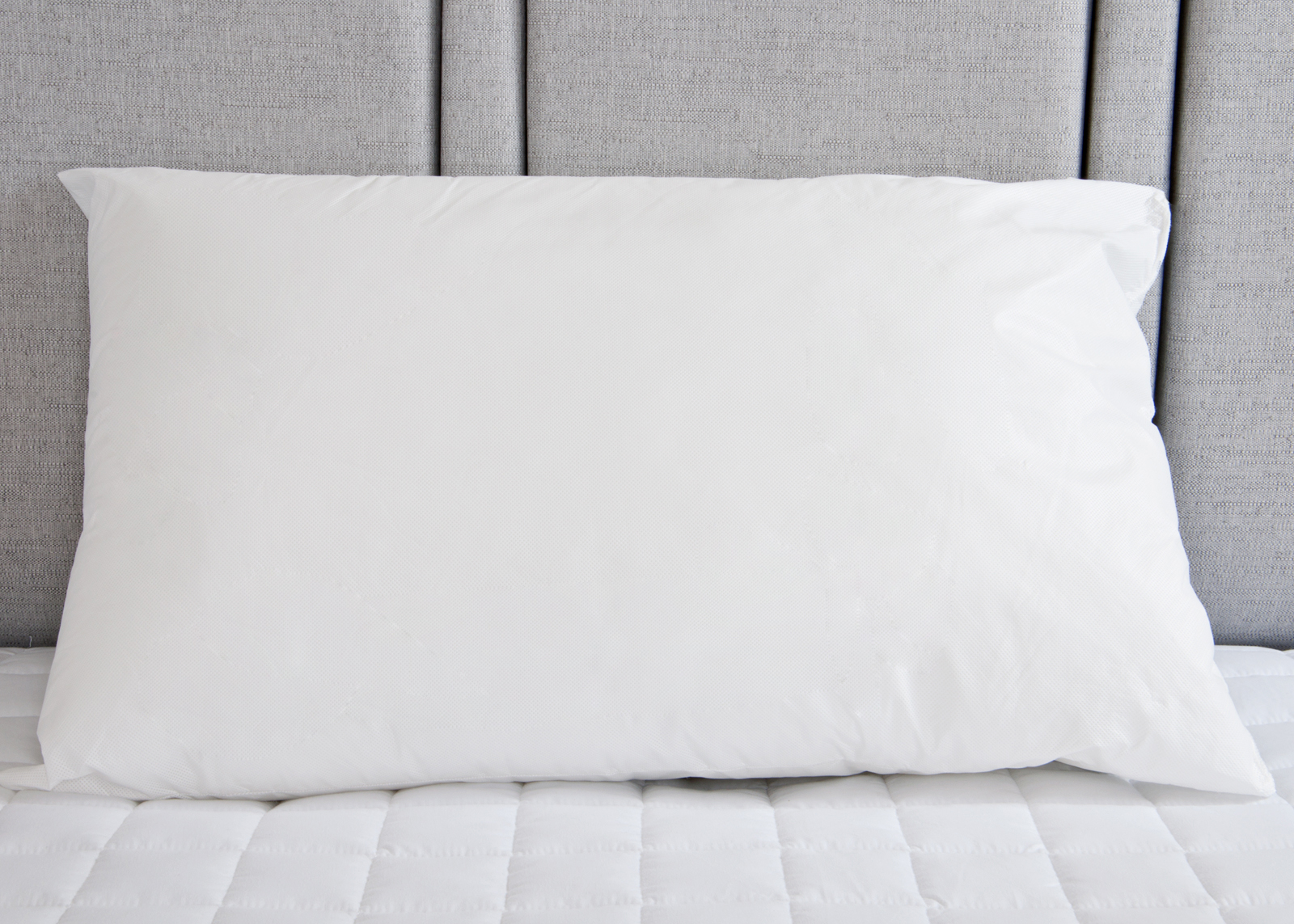 Luxury Pure 100 Cotton Pair Of White Pillow Cases