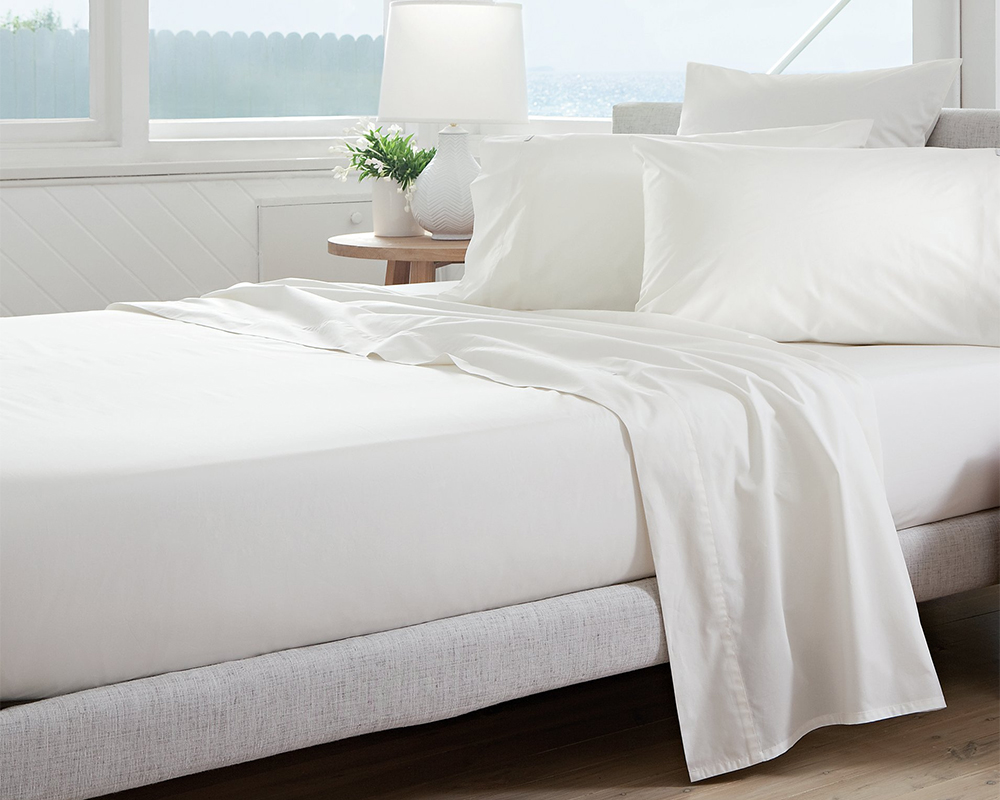 Easy Iron Blended Cotton Percale Fitted Sheet In White