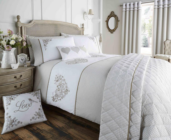 Valentina Collection Gingham Design Bedding Set in Khaki