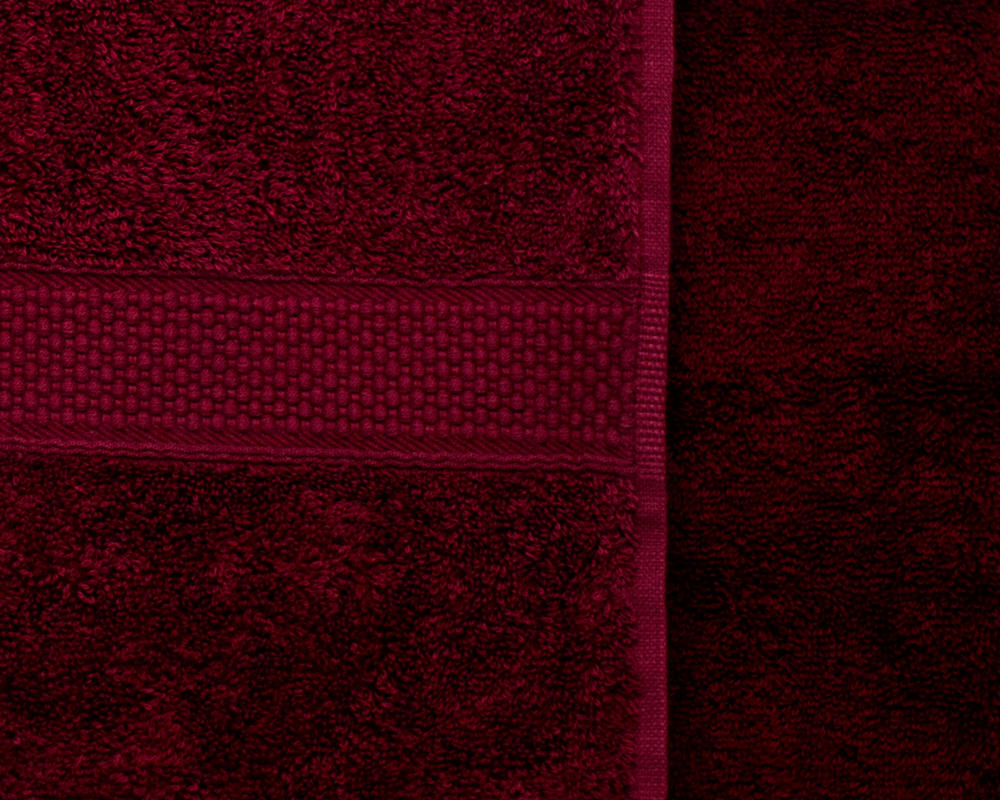 Combed Cotton Super Absorbent 500gsm Towels in Burgundy