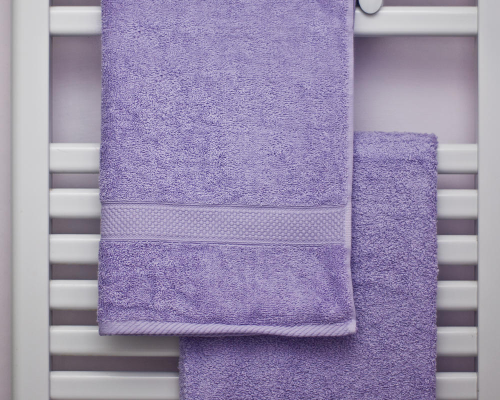 Combed Cotton Super Absorbent 500gsm Towels in Lilac