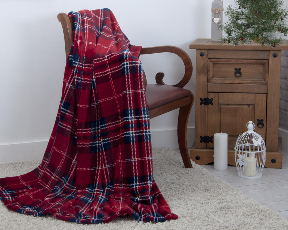 Plush Fleece Festive Red Tartan Check Throw 130cm x 180cm