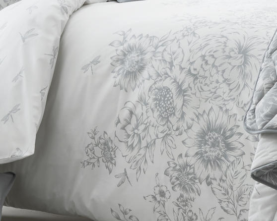 Floral Border Design Bedding Set in Grey Thumbnail 2