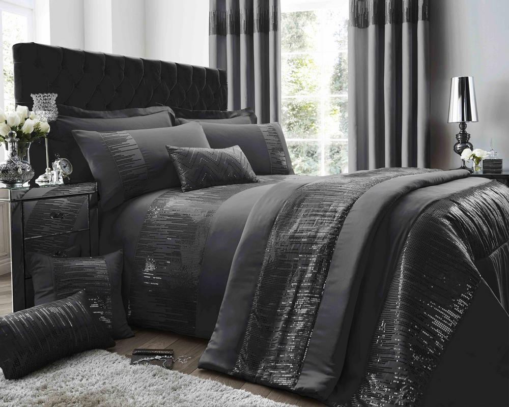 Antoinette Duvet Set and Accessories in Pewter