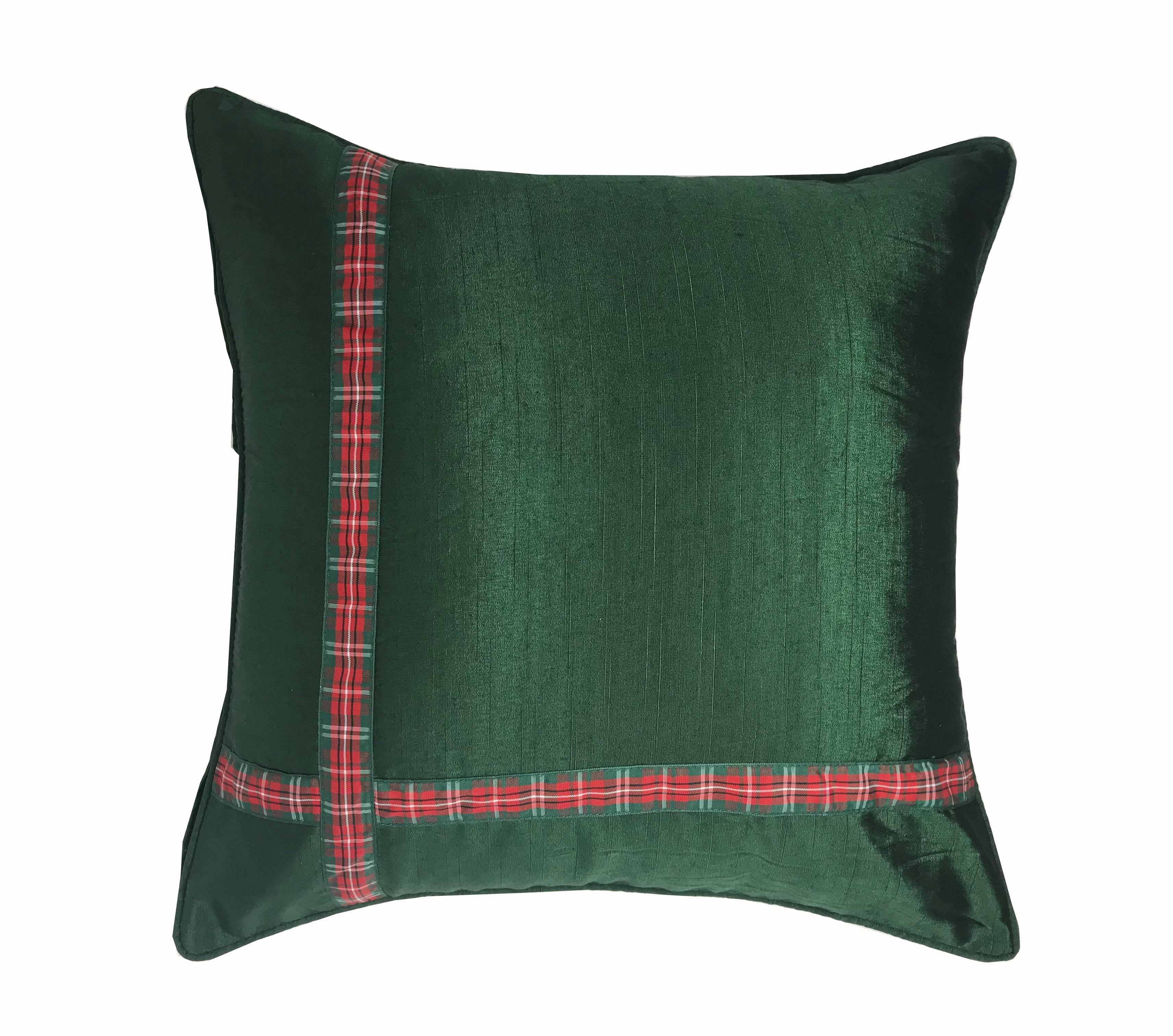 Xmas Ribbon Green 43cm x 43cm Cushion Cover Only