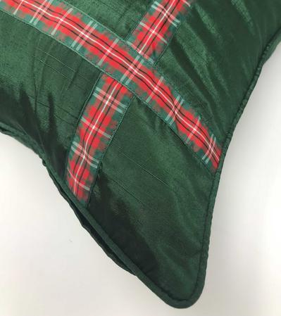 Xmas Ribbon Green 43cm x 43cm Cushion Cover Only Thumbnail 2