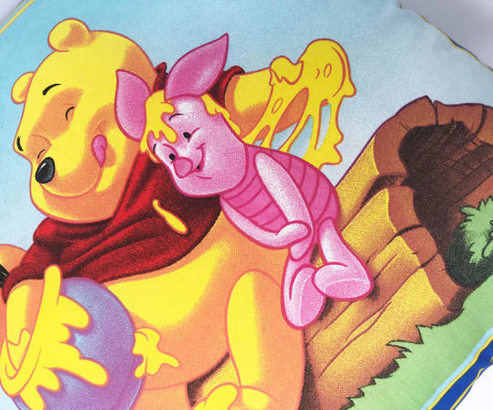 Winnie the Pooh and Friends Reverable Filled Cushion Thumbnail 2