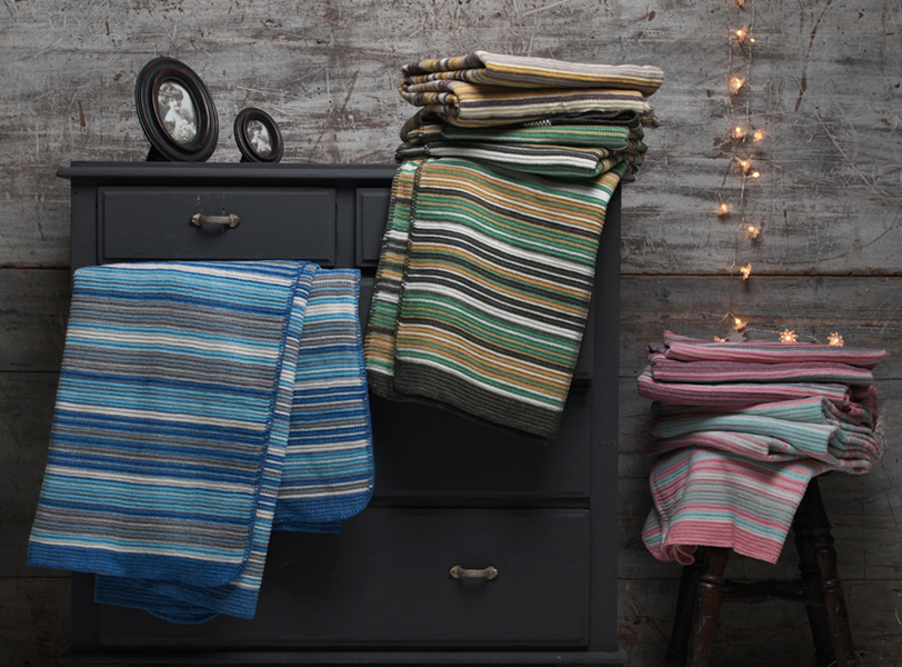 BLACK FRIDAY DEAL Darcy Cotton Rich Throw/Blanket