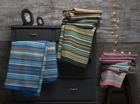 BLACK FRIDAY DEAL Darcy Cotton Rich Throw/Blanket Thumbnail 1