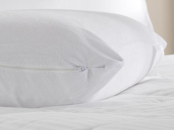 100% Memory Foam Pillow with Removable Cotton Zipped Cover Thumbnail 2