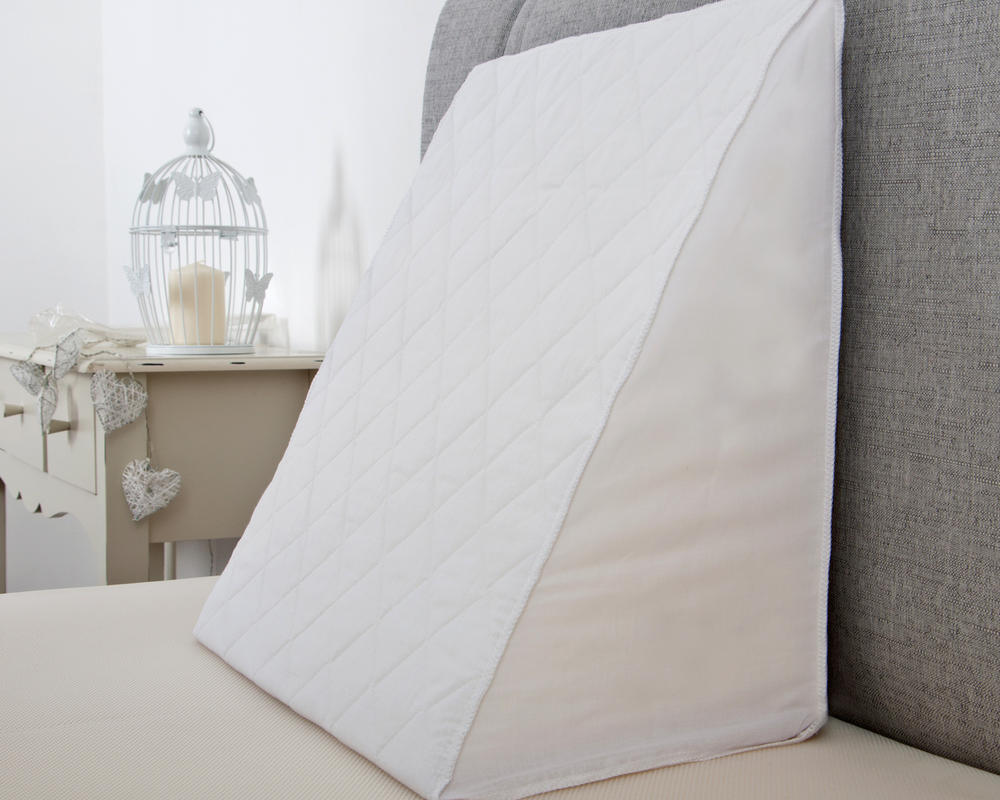 Support Foam Bed Wedge with Quilted Cover