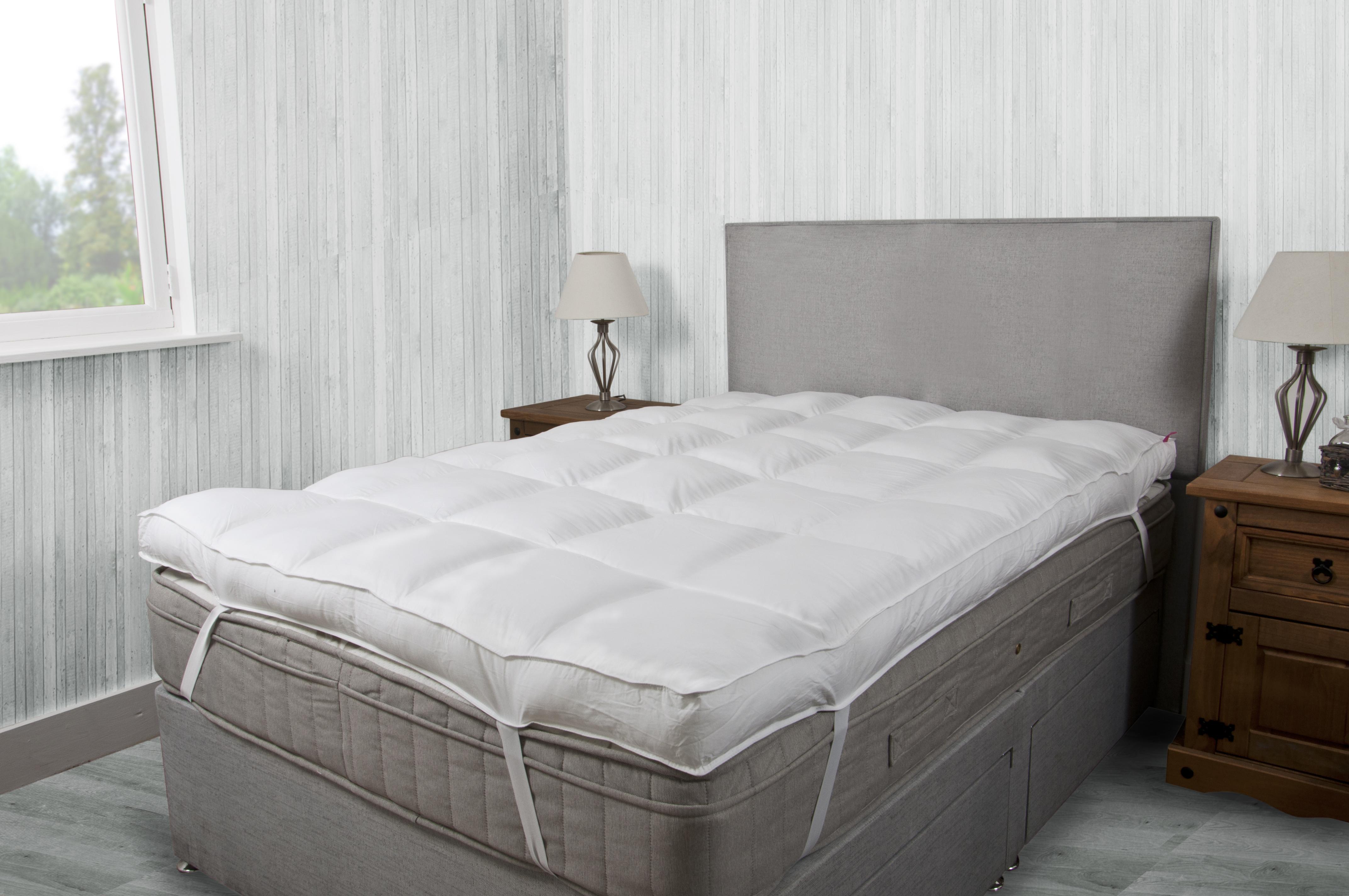 Hotel Quality 4 Inch 10cm Deep Mattress Topper 5 Star