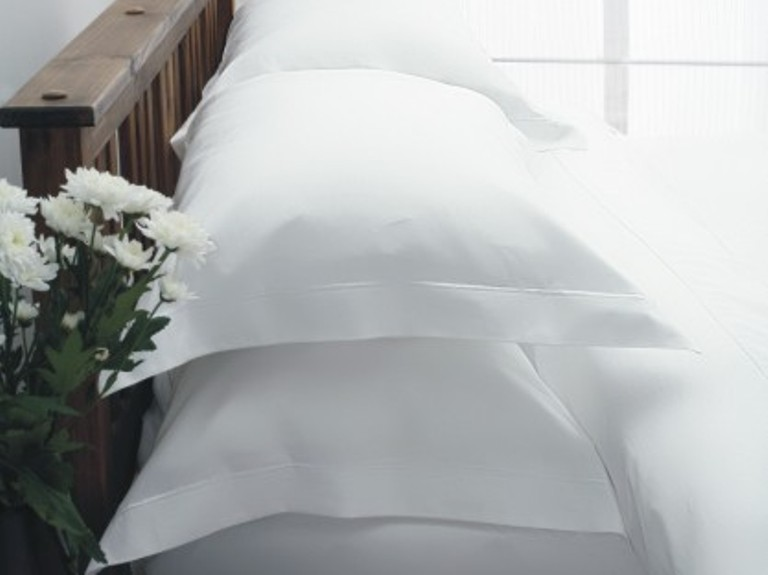 Egyptian Cotton fitted sheets or Duvet Covers 3ft, 4ft6, 5ft, 6ft White or ivory