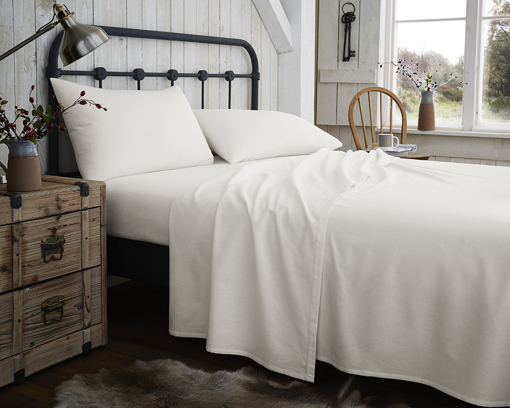 Snuggle Up & Keep Warm Flannelette Sheets / Pillowcases in Cream