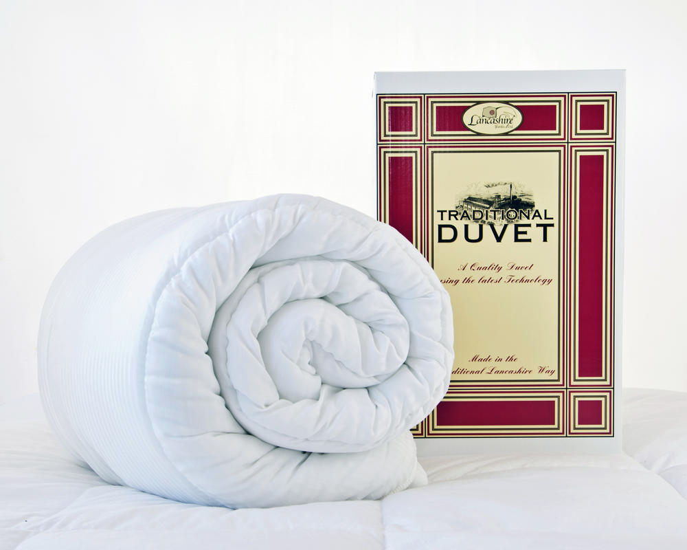 Traditional Hollowfibre Boxed Duvet with Pillow(s) - 13.5 Tog