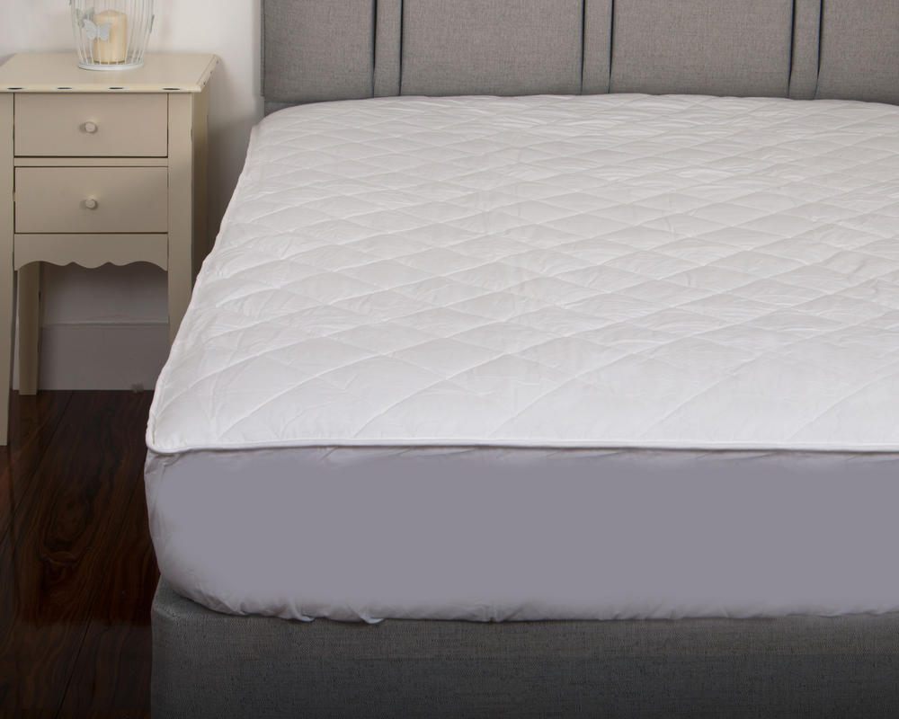 Luxury Deep Quilted 300TC 100% Cotton Percale Luxury Mattress Protector
