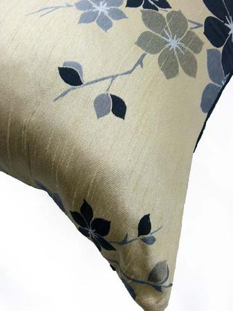 Saigon Cream/Black Boudoir 24''x15'' Cushion Thumbnail 2