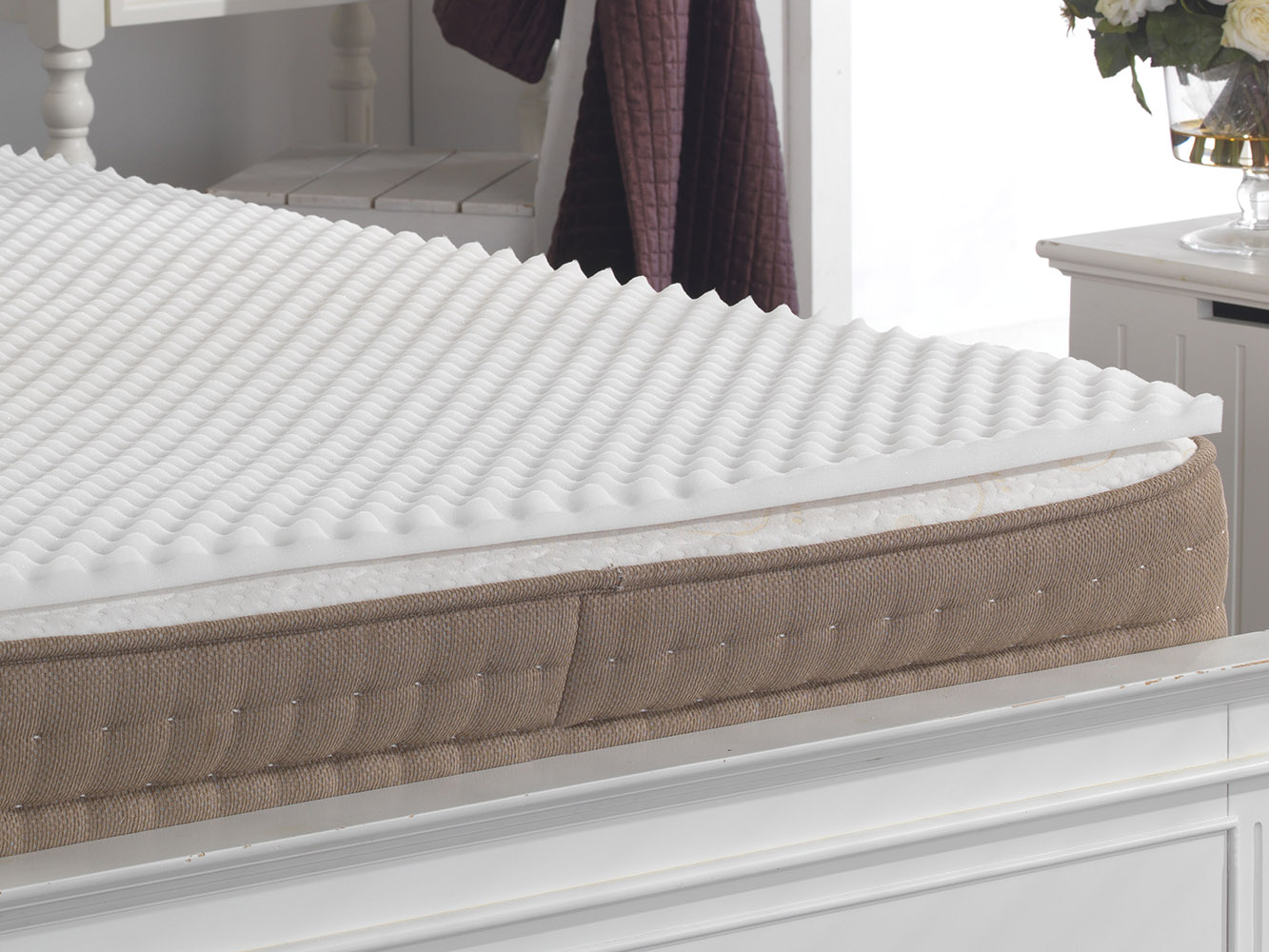Ridge Back Support Pain Relief Egg Box Foam Mattress Pad