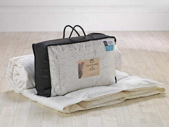 4.5 Tog - Luxury Goose Feather And Down Duvet Thumbnail 4