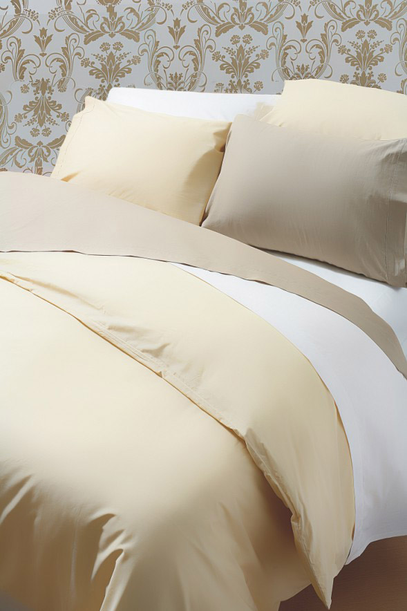 Exclusive 400 TC Finest Egyptian Cotton Oxford Pillowcase in Solid Cream