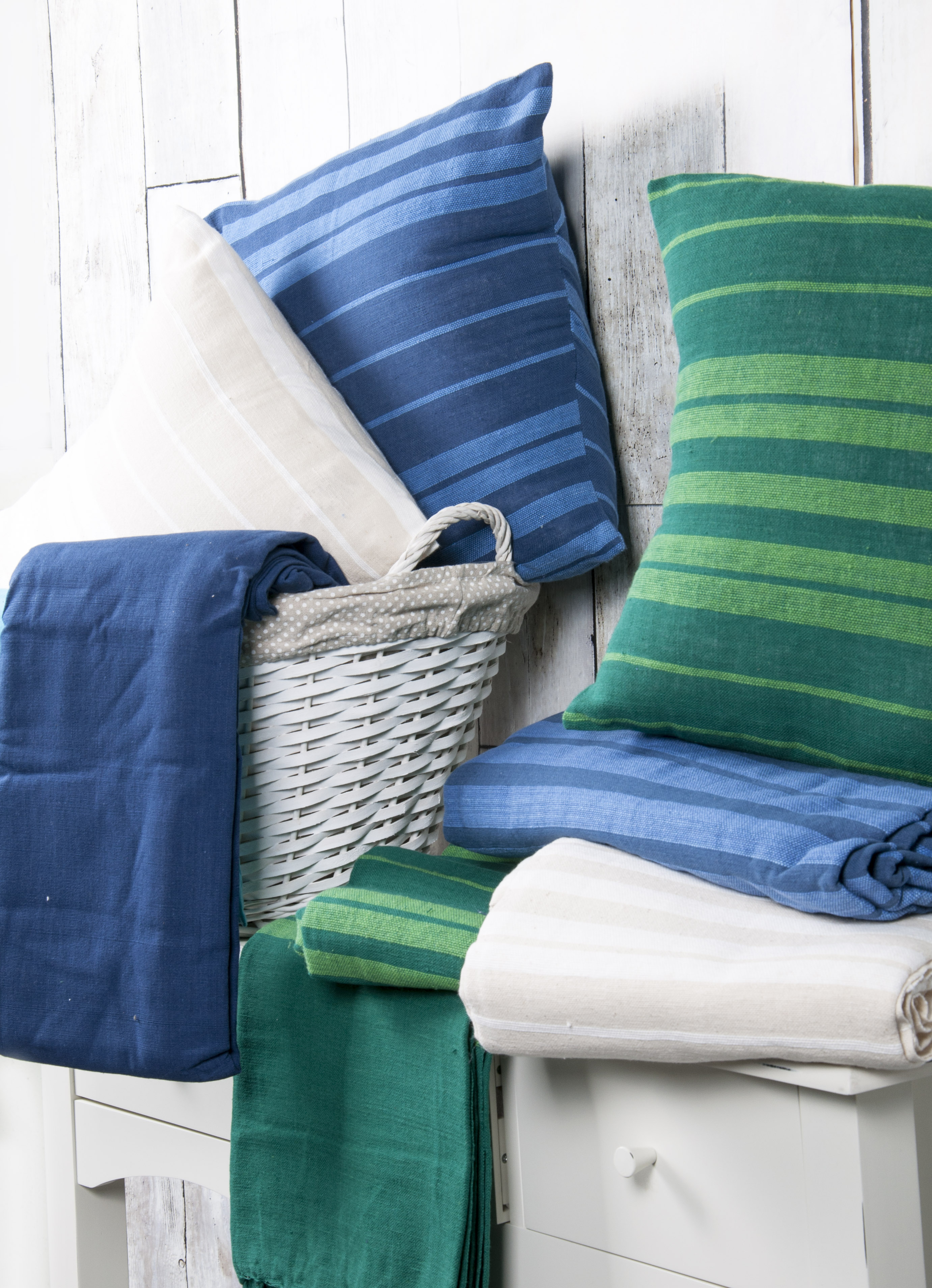 100% Cotton Striped Value Picnic Sofa Bed Throw Blanket in