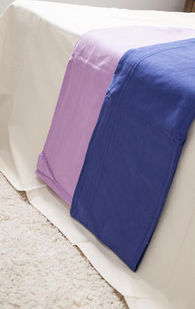 100% Cotton Bedspreads/Throws in Various Colours Thumbnail 2
