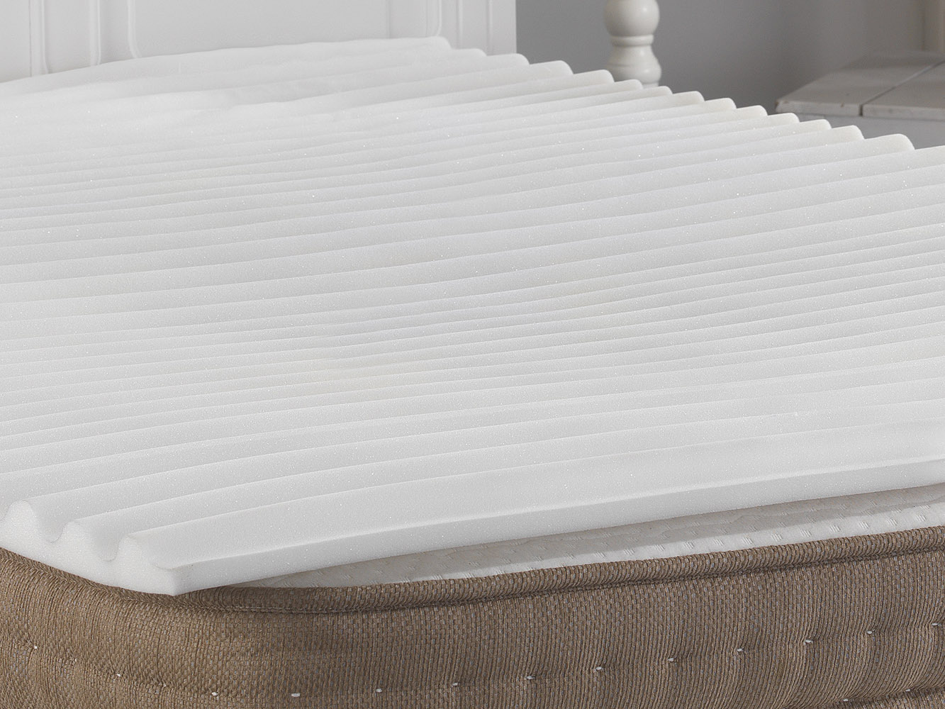 Firm Zoned Ridge Shape Foam Mattress Topper Slight