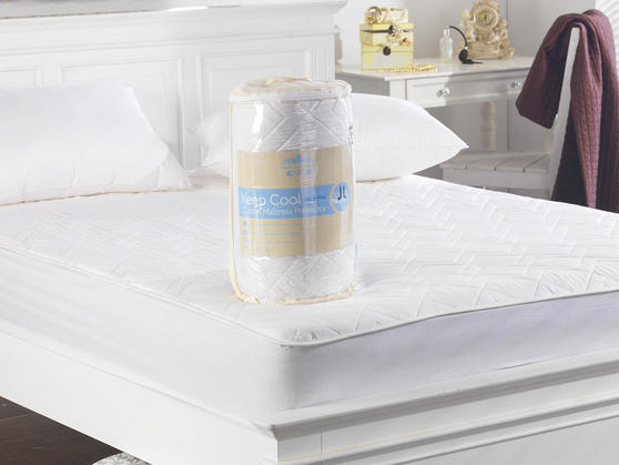 Keep Cool 3D Air Relaxation Quilted Cotton Mattress Protector