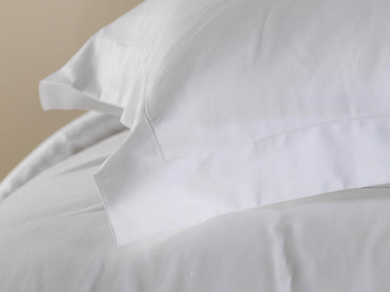 Premium White Linen Range - 300 TC 100% Cotton Duvet Cover in White Thumbnail 4