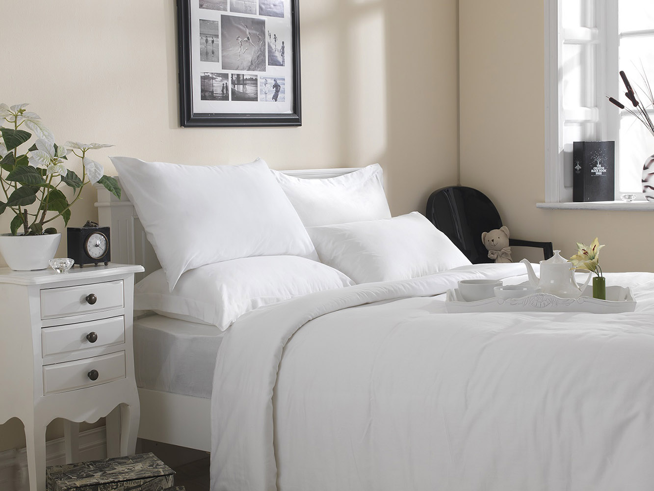 Premium White Linen Range - 20 or 30 Twill Pattern 100% Cotton Fitted Sheets in White