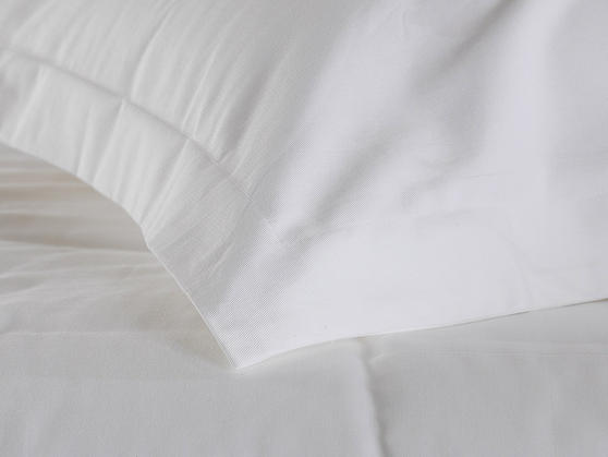 Premium White Linen Range - 20 or 30 Twill Pattern 100% Cotton Fitted Sheets in White Thumbnail 2