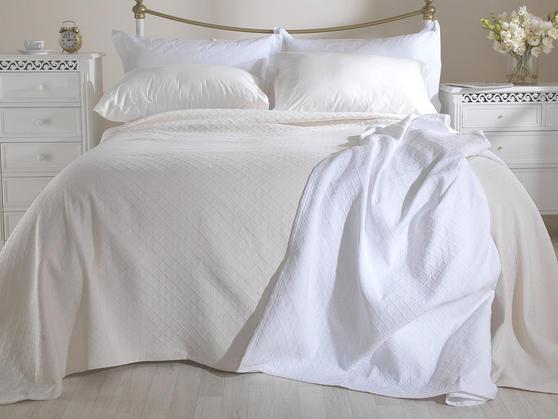 Matelasse Cotton Rich Arina Bedspreads