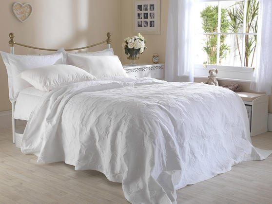 Matelasse Cotton Rich Floral Embossed Florence Bedspreads Thumbnail 3