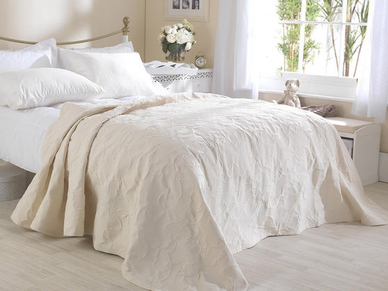 Matelasse Cotton Rich Floral Embossed Florence Bedspreads Thumbnail 4