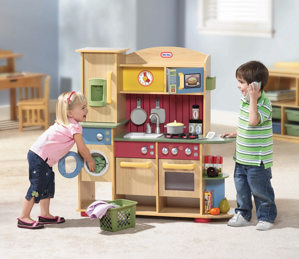 Little Tikes Play Kitchen: Little Tikes Kids Wooden Play Kitchen Cook Creations Toy
