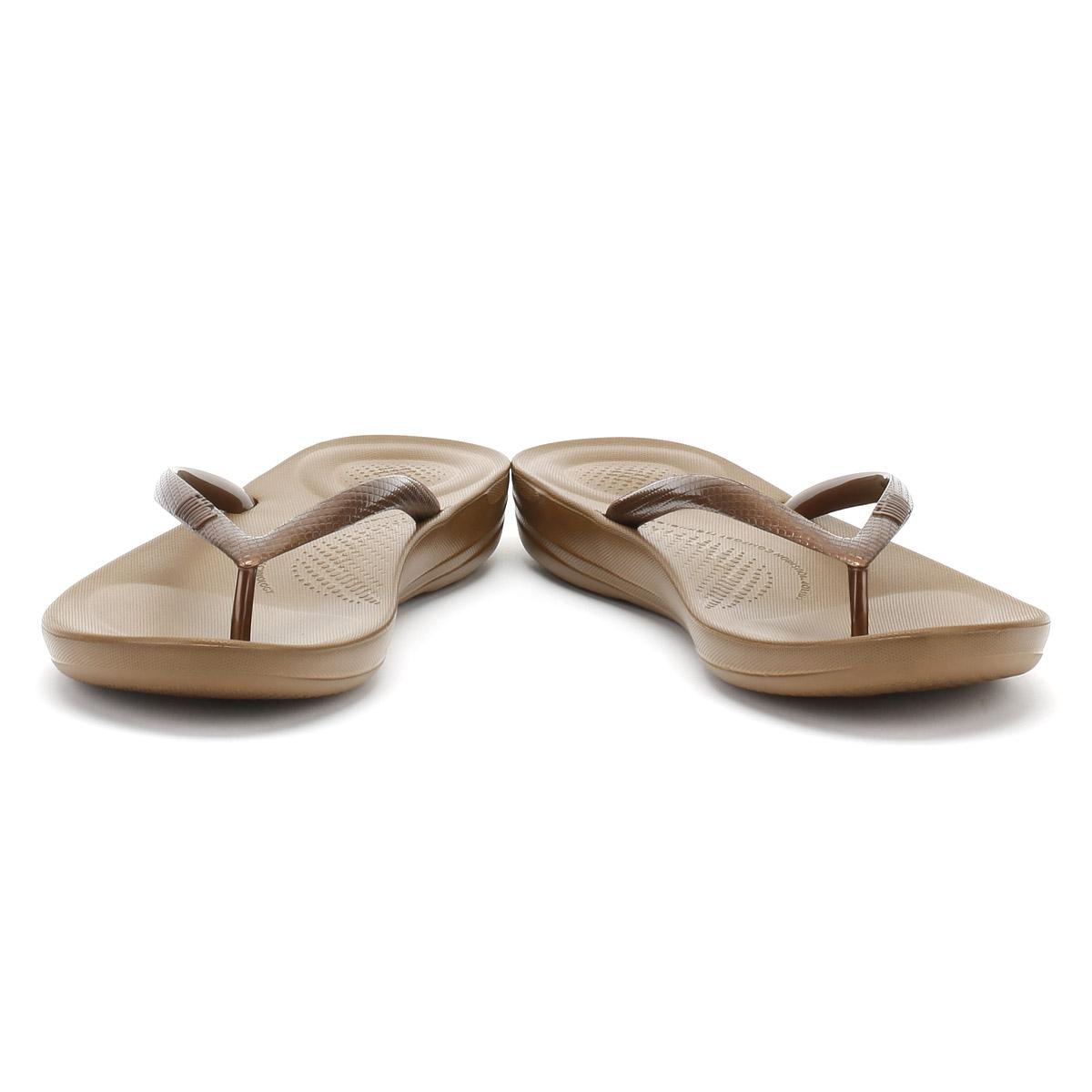3837b89525327 FitFlop Women s Iqushion Ergonomic Rubber Toe Post Flip Flop Bronze ...