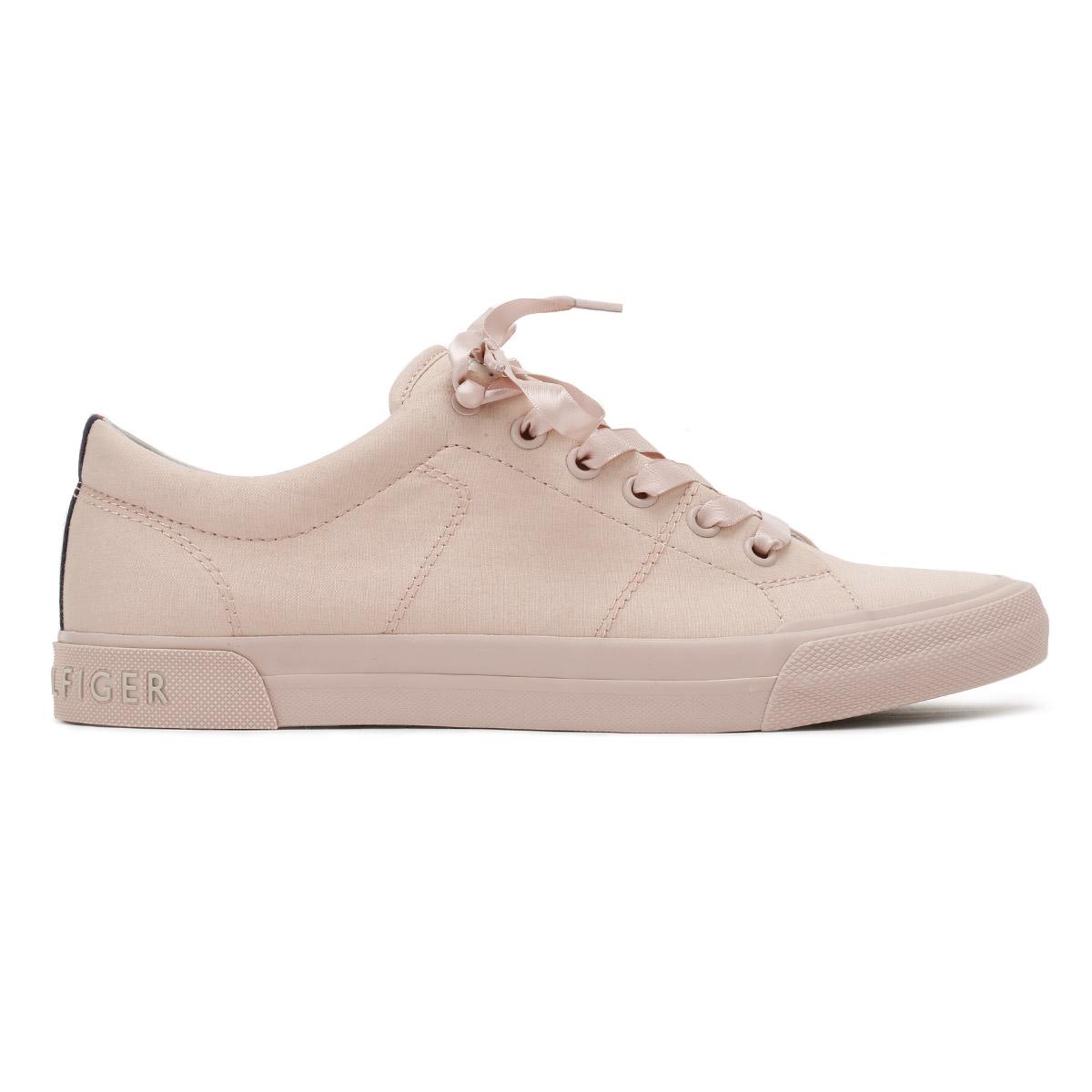 7d7b30955ea555 womens tommy hilfiger shoes crazy price d9f7a 852a5 - xigubonews.com