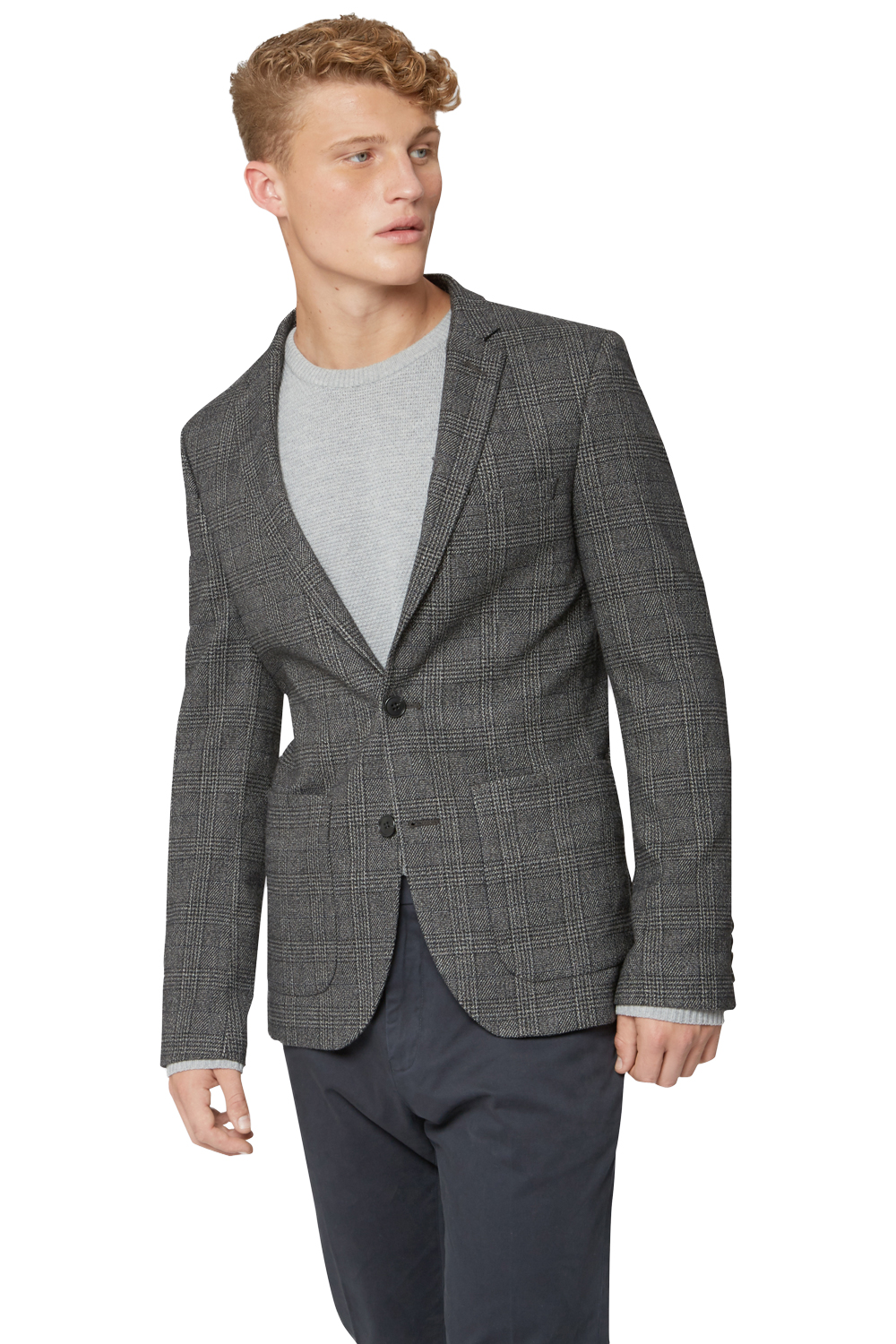 Men's Grey Blazer. For most men, their first instinct would be to grab a black blazer. With black having such formal overtones it can be harder to pair it with lighter pieces like a blue shirt.A grey blazer is, therefore, a perfect alternative.