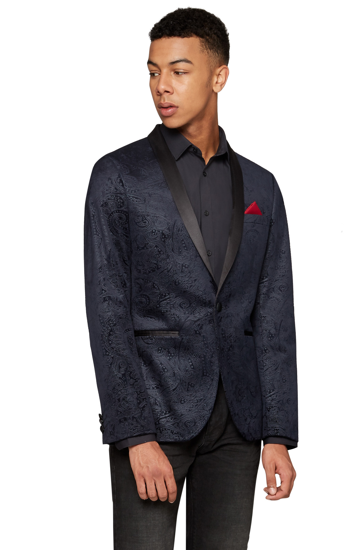 Oct 19,  · The suit jacket is generally a lot longer than sports jacket/blazer. One lapel overlaps the other on a suit jacket slightly; on a sj/blazer, they are exactly centered to each other. A suit jacket is cut to a straight body side profile, whereas a sj/blazer may have a slight indent at the lower stomach/waist.