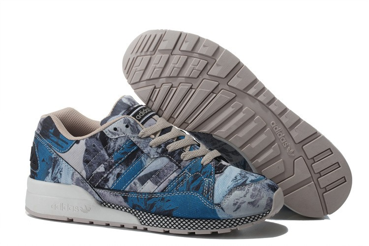 big sale 451df d8cad adidas ZX 710 Mens Graphic Trainers Sneakers Blue Grey B24847. ZX 700 Shoes.