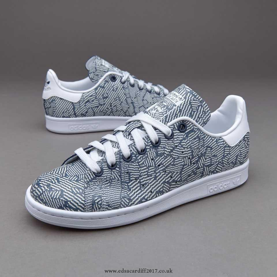 stan smith bleu marine et blanc